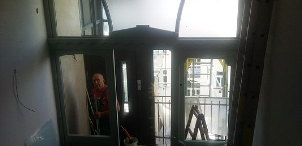 Tlačené sklo do interiérových dveří