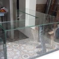 Skleněné vitríny - nábytek ze skla 2