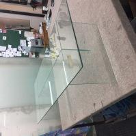 Skleněné vitríny - nábytek ze skla 19