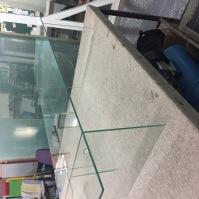 Skleněné vitríny - nábytek ze skla 20