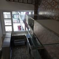 Skleněné vitríny - nábytek ze skla 11