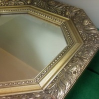 Zrcadla v rámu 14