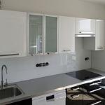 Barevné sklo Lacobel - obklady do kuchyně 14