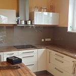Barevné sklo Lacobel - obklady do kuchyně 1