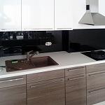 Barevné sklo Lacobel - obklady do kuchyně 9