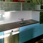Barevné sklo Lacobel montáž - Metalac 16
