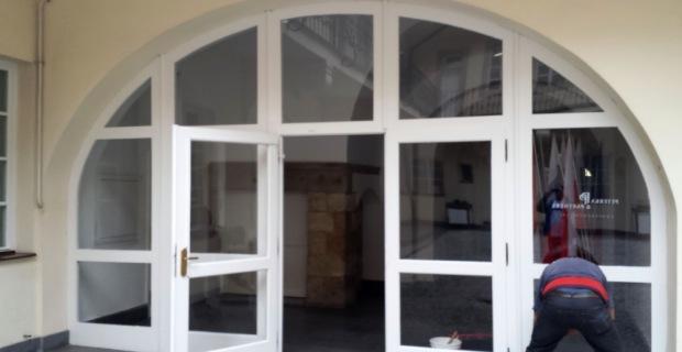 Zasklívání – výloh, balkonů, oken, dveří a zasklení teras